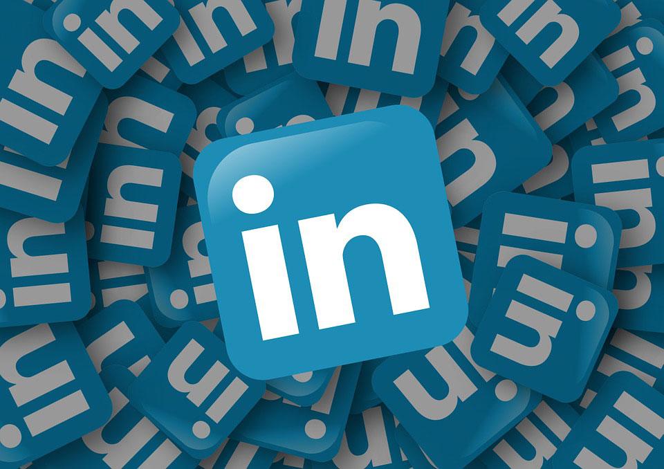 Linkedin krijgt concurrentie van Facebook